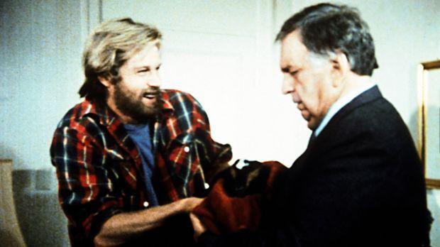 Tierfreund Barry (Brian Kerwin, l.), der Sohn des Hoteliers Clinton (Jacques...