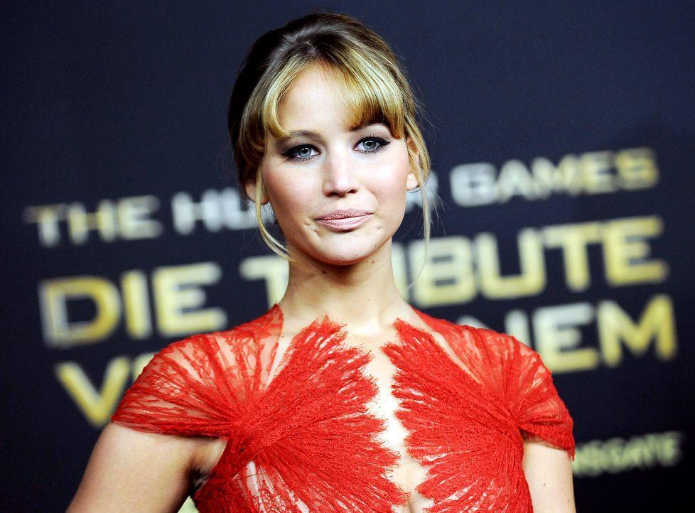 Jennifer-Lawrence-Tribute1-Premiere-Berlin-120316-dpa - Bildquelle: dpa