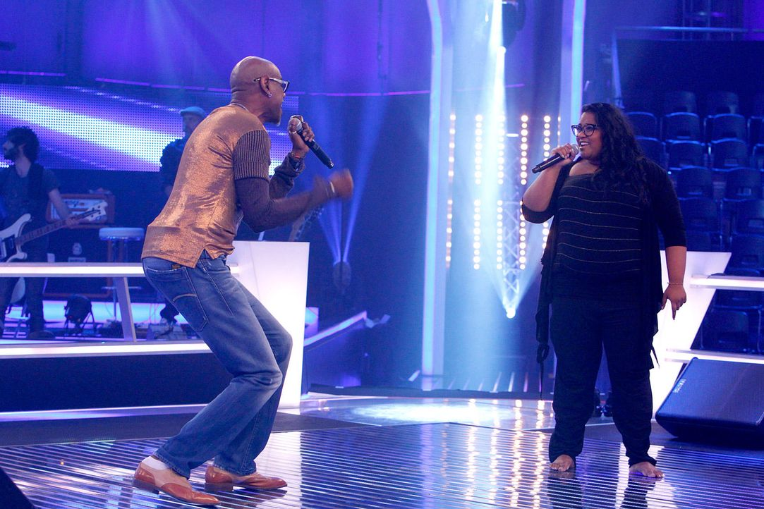 battle-michelle-vs-dennis10-the-voice-of-germany-huebnerjpg 1700 x 1133 - Bildquelle: SAT1/ProSieben/Richard Hübner