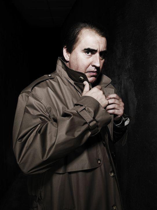 CIA-Agent Harvey Torrit (Alfred Molina) ahnt, dass Agent m16 das berüchtigte Maulwurf ist. Aber wer versteckt sich hinter diesem Decknamen?
