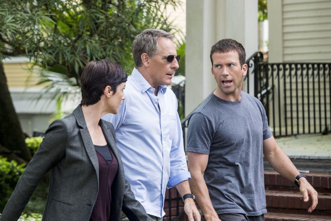 Auf Pride (Scott Bakula, M.), Brody (Zoe McLellan, l.) und Lasalle (Lucas Black, r.) wartet ein neuer Fall ... - Bildquelle: Skip Bolen 2015 CBS Broadcasting, Inc. All Rights Reserved