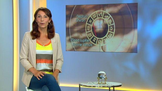 fruehstuecksfernsehen-kirsten-hanser-astrologie-18062012 - Bildquelle: SAT.1