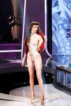 Fashion-Hero-Epi05-Gewinneroutfits-Rayan-Odyll-ASOS-03-Richard-Huebner-TEASER...