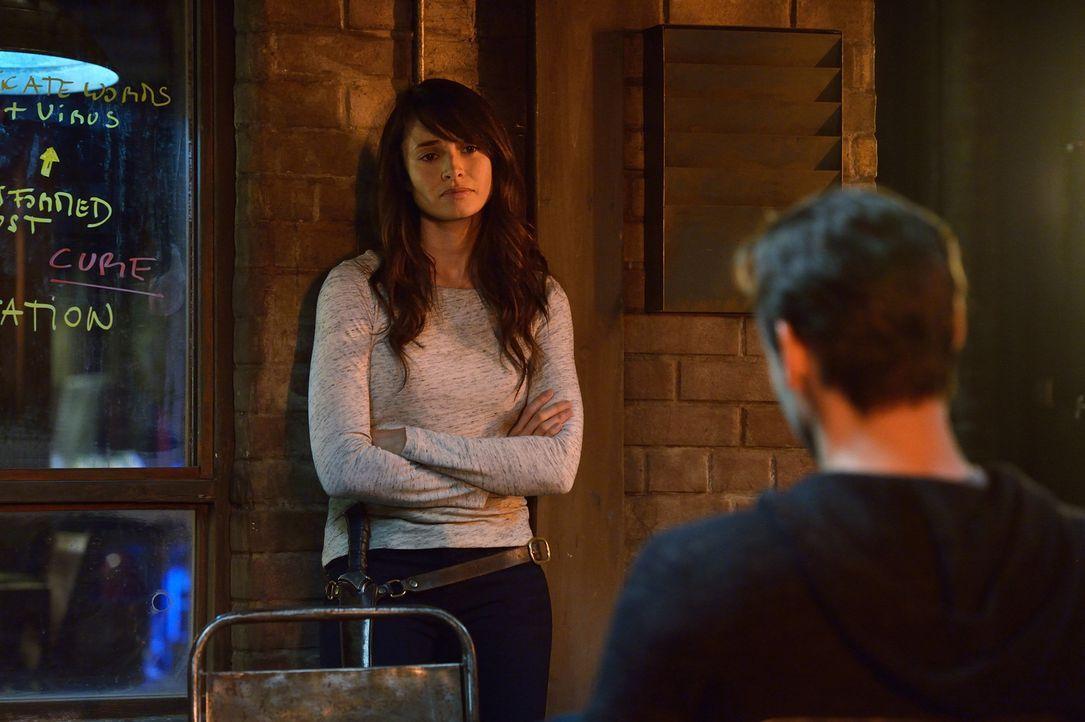 Während Nora (Mía Maestro) alles daransetzt, eine Waffe gegen die Vampire zu entwickeln, schließt Abraham einen Pakt mit den Ältesten der Vampire ..... - Bildquelle: 2015 Fox and its related entities. All rights reserved.