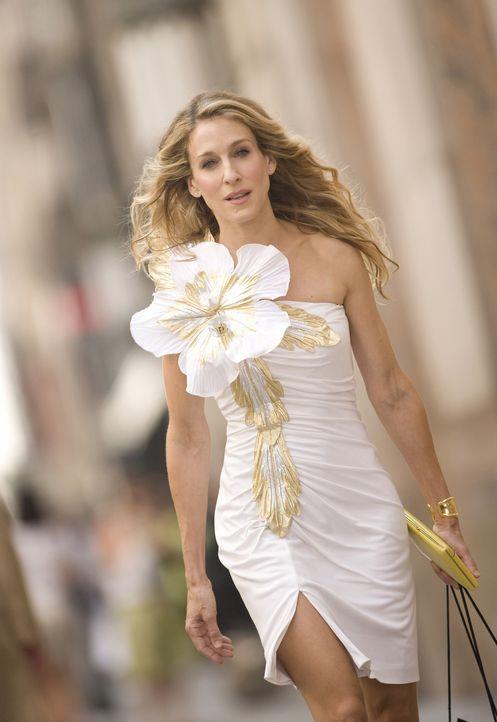 Sie liebt ausgefallene Outfits und vor allem Schuhe: Carrie Bradshaw (Sarah Jessica Parker) - Bildquelle: Warner Brothers