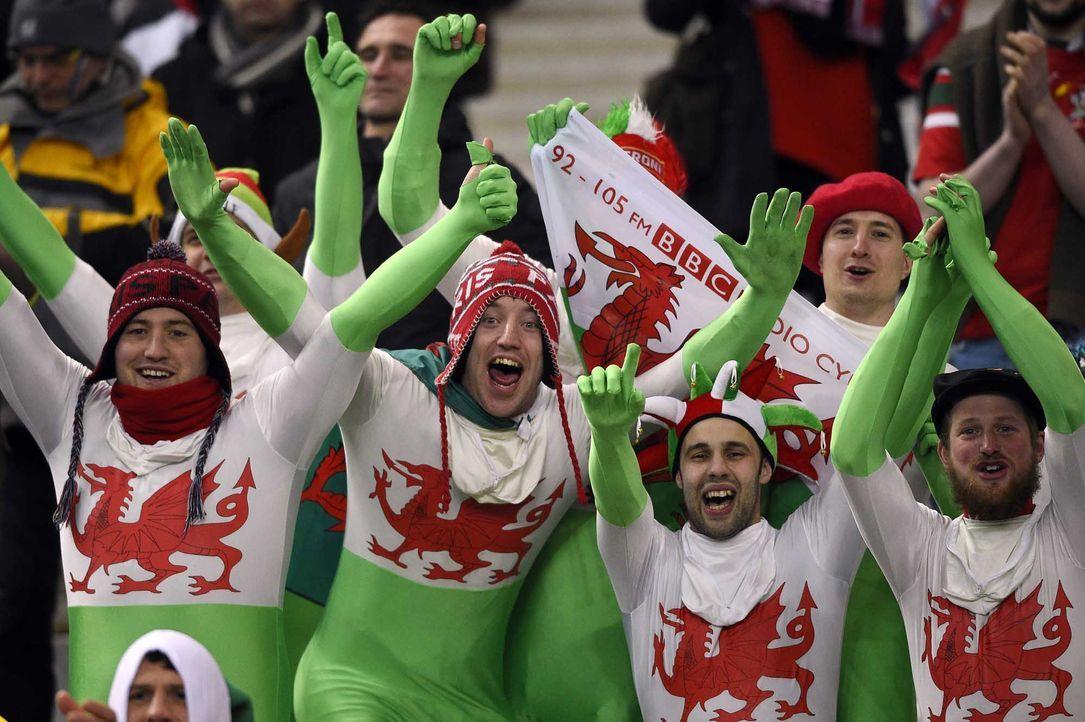 Fußball-Fan-Wales-150906-AFP - Bildquelle: AFP