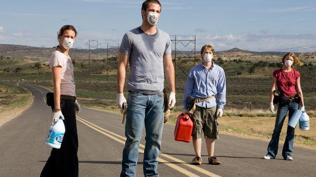 Sie sind auf der Flucht vor einem tödlichen Virus: Danny (Lou Taylor Pucci, 2...