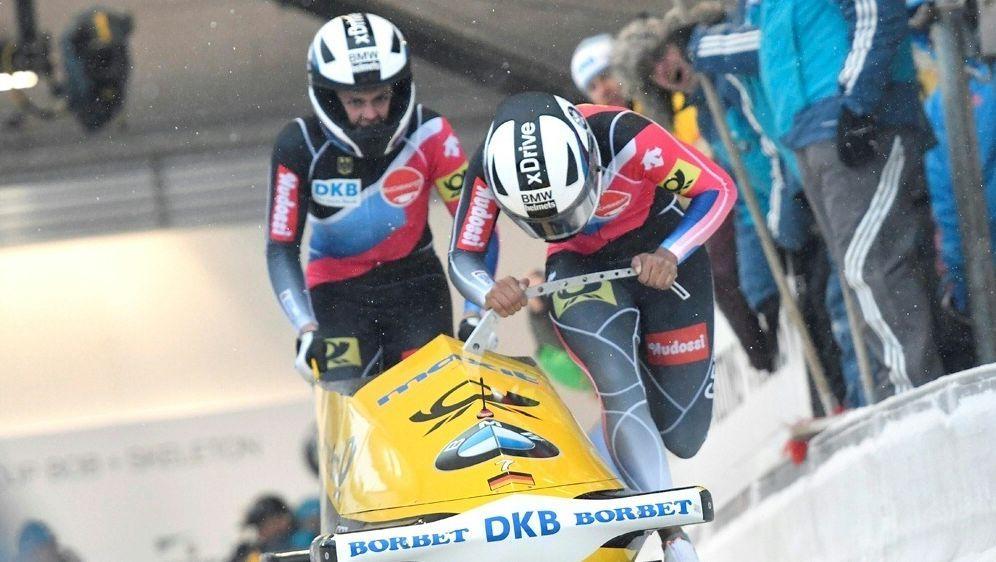 St. Moritz: Platz zwei für Mariama Jamanka (vorne) - Bildquelle: PIXATHLONPIXATHLONSID