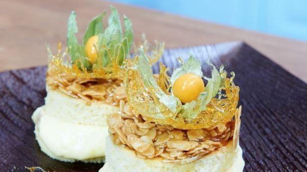 """Mein bester Kuchen – Kathys """"Mandel-Taler mit beschwipster Orangencreme"""""""