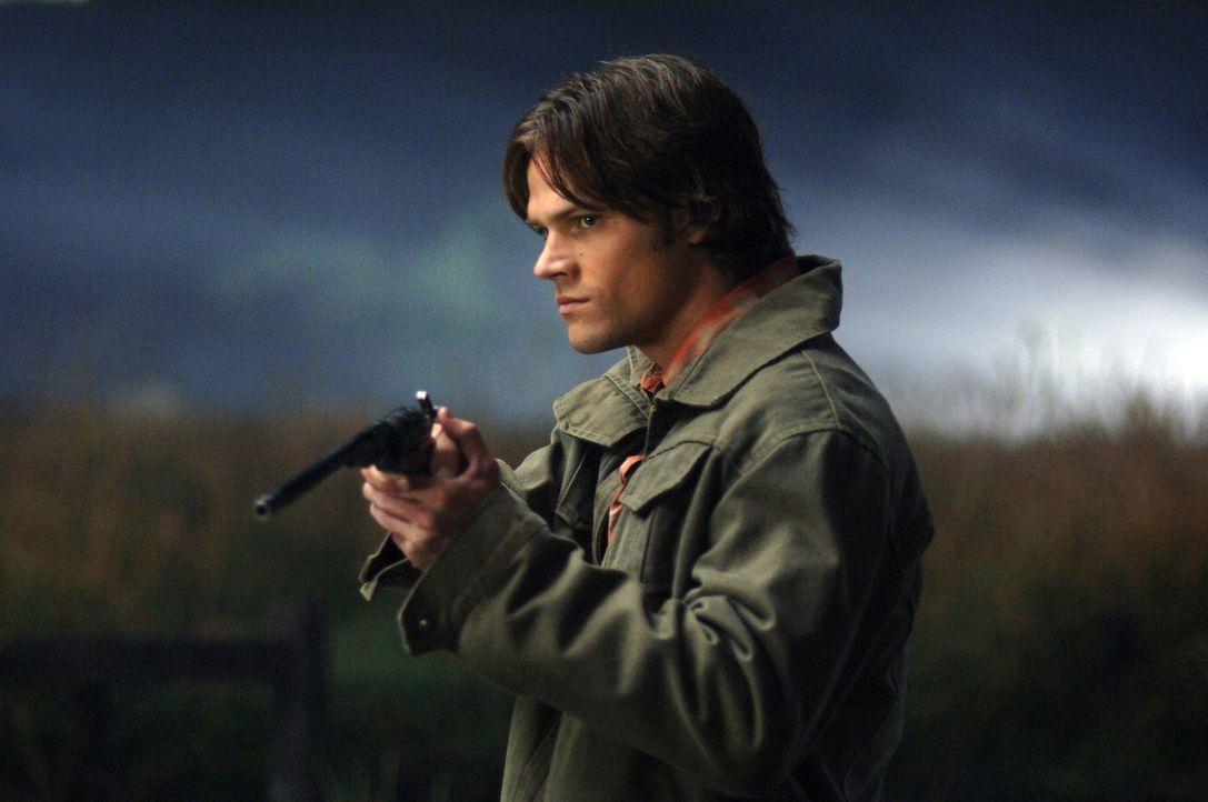 Versucht Dean aus einem Pakt mit der Crossroads-Dämonin zu befreien: Sam (Jared Padalecki) ... - Bildquelle: Warner Bros. Television