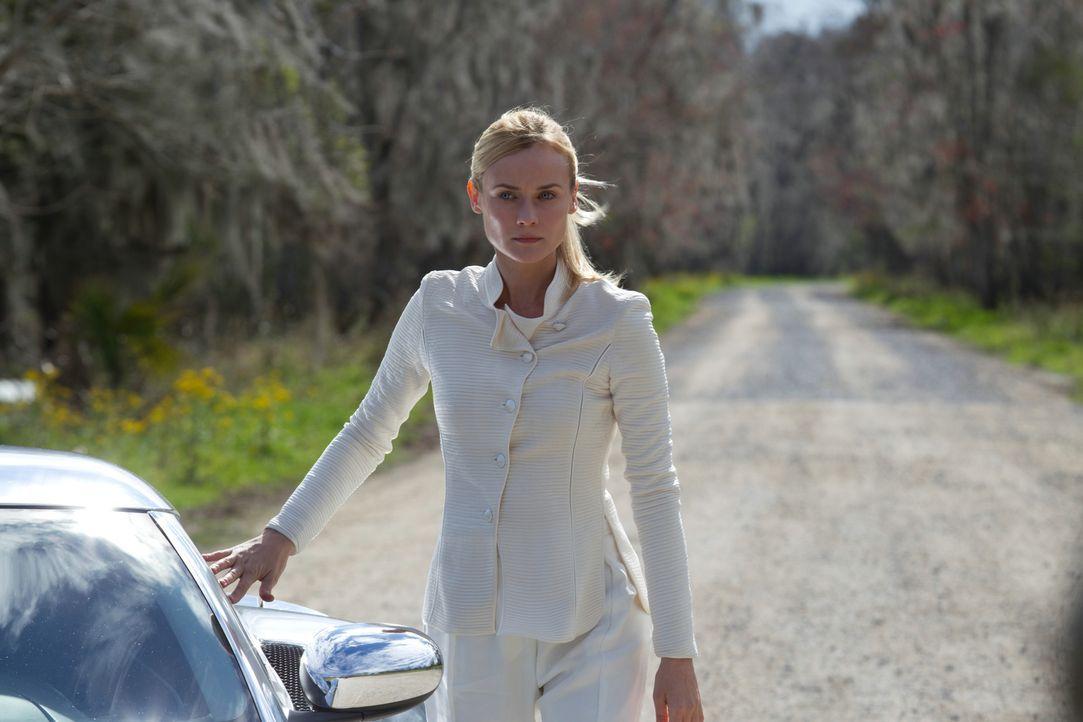 Als die Sucherin (Diane Kruger) Wanderer aus melanies Körper verbannen will, macht sich die außerirdische Seele auf die Suche nach den letzten Mensc... - Bildquelle: 2013 Concorde Filmverleih GmbH