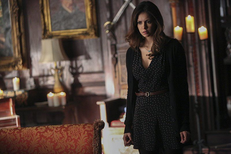 Elena ist besessen von der Idee, Bonnies Geburtstag zu feiern - Bildquelle: Warner Bros. Entertainment Inc.
