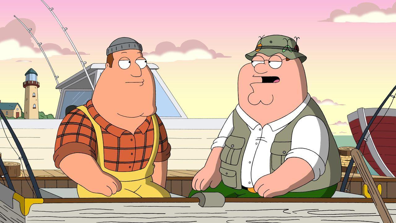 Nachdem Quagmire nicht zum verabredeten Zeitpunkt erscheint, fahren Joe (l.) und Peter (r.) zu ihm nach Hause und machen eine erschreckende Entdecku... - Bildquelle: 2011 Twentieth Century Fox Film Corporation. All rights reserved.