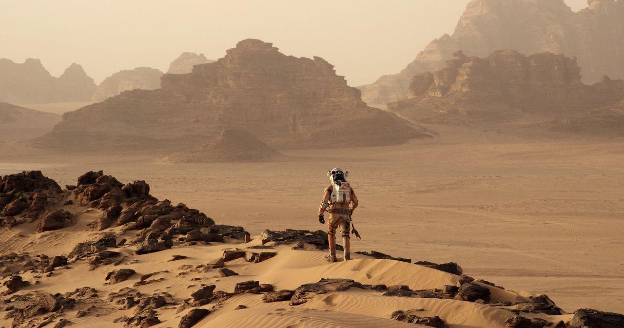 """Als die Mannschaft der Raumfahrt-Mission """"Ares III"""" den Mars erforscht, baut sich ein gewaltiger Sandsturm auf. Alle Astronauten können sich in Sich... - Bildquelle: 2015 Twentieth Century Fox Film Corporation.  All rights reserved."""