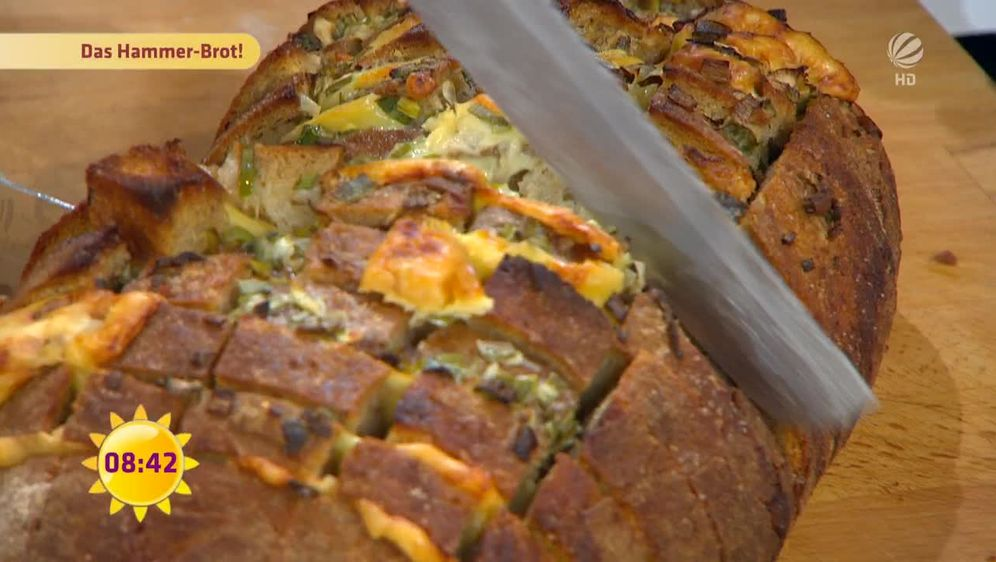 Zupfbrot mit Käse und Kräutern