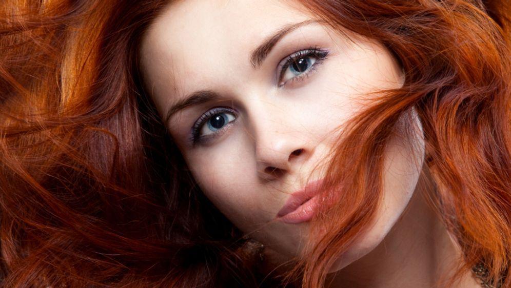 Henna: Haare färben und pflegen - Bildquelle: iStockphoto