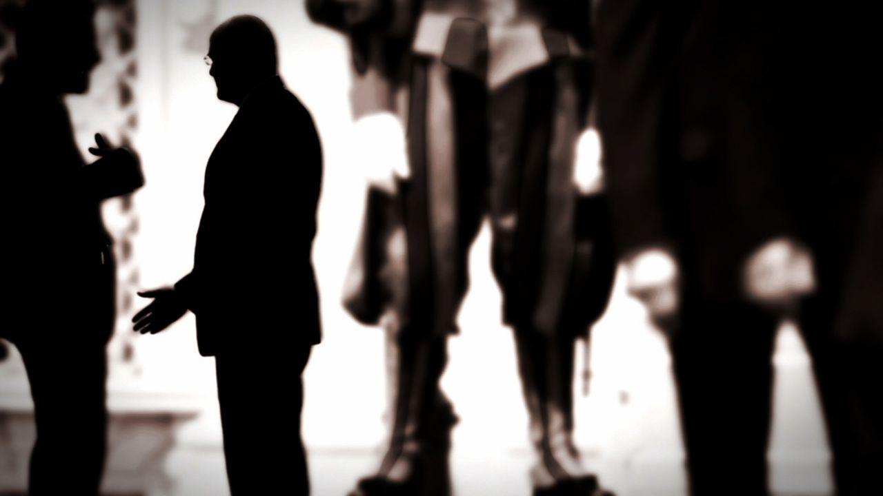 Die Mitgliedschaft bei den Illuminati ist ein bis heute streng gehütetes Geheimnis. Gibt es sie wirklich? Wer sind ihre Mitglieder? - Bildquelle: LIKE A SHOT ENTERTAINMENT 2014