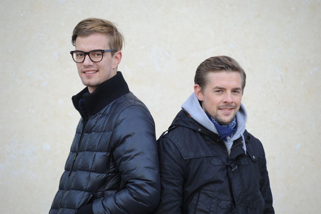 Ahnungslos - das Comedyquiz mit Joko (l.) und Klaas (r.) ... - Bildquelle: ProSieben
