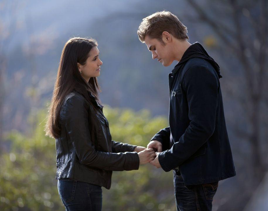 Elena will kein Vampir werden - Bildquelle: Warner Bros. Entertainment Inc.