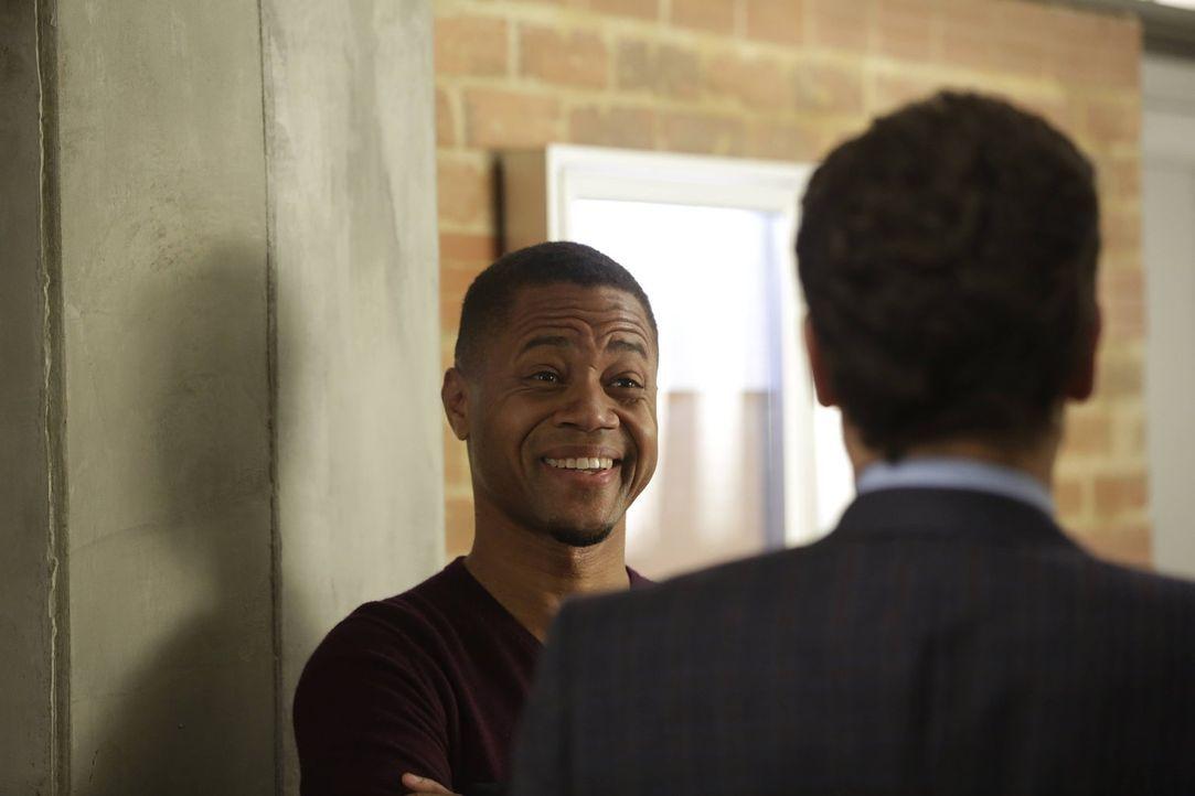 Kann Jo dem reichen Unternehmer Isaac (Cuba Gooding Jr.) vertrauen? - Bildquelle: Warner Bros. Television