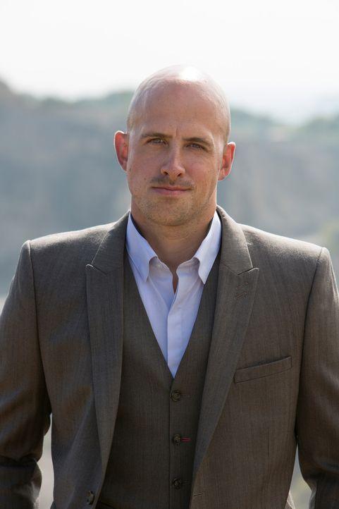 Jonathan Goodwin riskiert sein Leben und die Welt schaut gebannt zu ... - Bildquelle: Objective Productions/UKTV