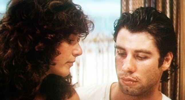 Urban Cowboy - Das Eheleben des jungvermählten Paares Sissy (Debra Winger, l....