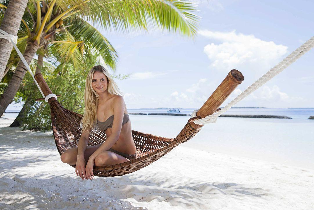 GNTM-Stf10-Epi13-Bikini-Shooting-Malediven-03-Darya-ProSieben-Boris-Breuer - Bildquelle: ProSieben/Boris Breuer