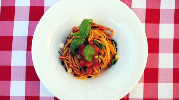 Pasta in den Farben der italienischen Flagge