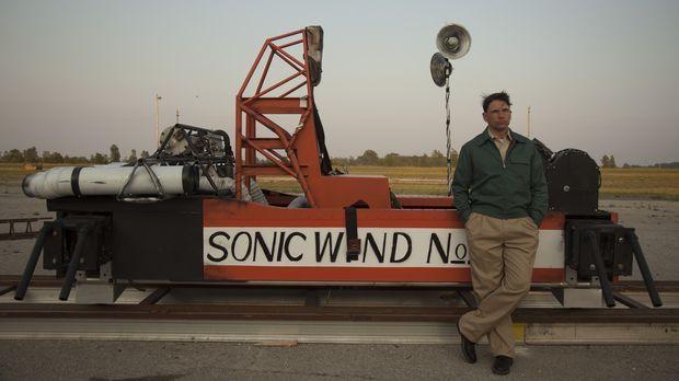Der Wissenschaftler John Stapp (William Foley) testete seit 1946 in wahnwitzi...