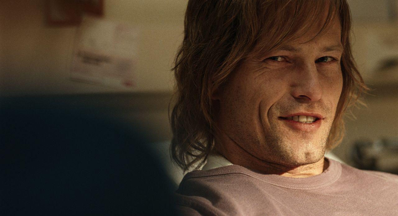 Als er bei einem Verkehrsunfall ein Bein verliert, ist Marc (Til Schweiger) plötzlich gezwungen, zwischen Depressionen und Phantomschmerzen ein neue... - Bildquelle: Warner Brothers