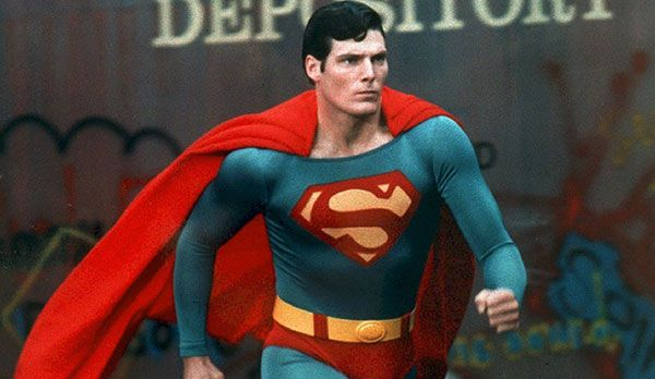 Platz 9: Superman - Bildquelle: dpa