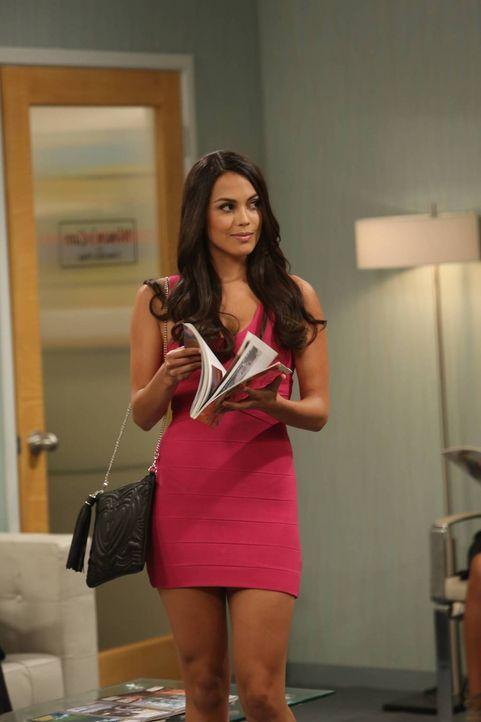 Die hübsche Raquel Pomplun (Raquel Pomplun) lässt bei Andi einige Zweifel aufkommen ... - Bildquelle: 2013 CBS Broadcasting, Inc. All Rights Reserved.