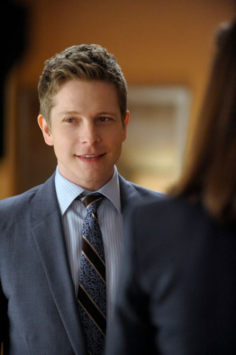 Die Kanzlei Lockhart braucht dringend einen neuen Anwalt. Cary Agos (Matt Czuchry) ist einer der Kandidaten, die in der engeren Auswahl sind ... - Bildquelle: 2011 CBS Broadcasting Inc. All Rights Reserved.