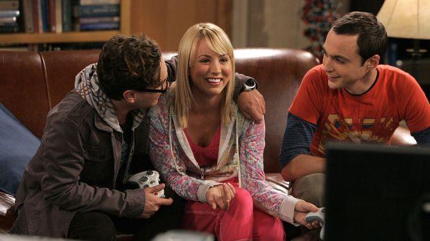 Penny (Kaley Cuoco, M.) hat ein Problem: Ihre Freundin Christy aus Omaha ist...