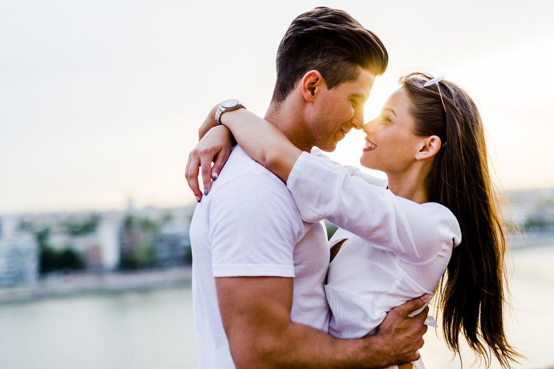4. Mein Partner muss perfekt sein.Was heißt schon perfekt? Perfekt ist jeman... - Bildquelle: Pixabay