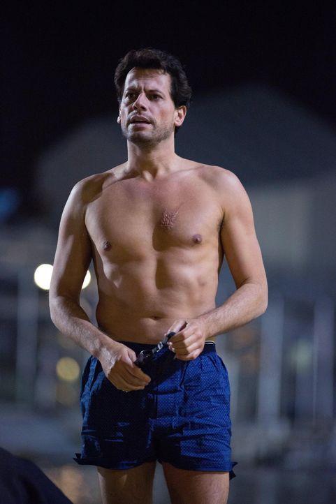 Nachtschwimmen: Dr. Henry Morgan (Ioan Gruffudd) ... - Bildquelle: Warner Brothers