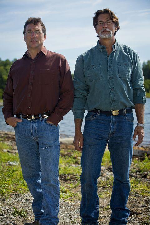 """Wollen seit ihrer Kindheit das Geheimnis von """"Oak Island"""" entschlüsseln: die Brüder Marty (l.) und Rick Lagina (r.) aus Nord-Michigan ... - Bildquelle: 2014 A&E Television Networks, LLC. All Rights Reserved/ PROMETHEUS ENTERTAINMENT"""