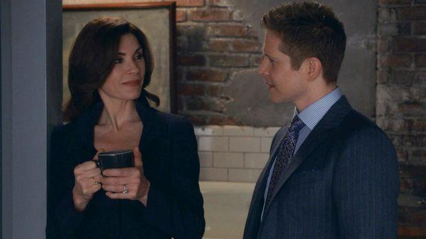 Als Agent Dubeck ihr ein interessantes Angebot macht, nimmt Alicia (Julianna...