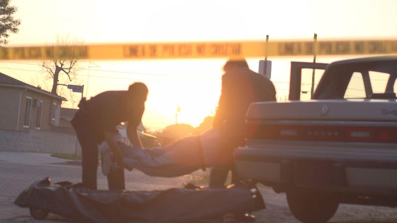 In Tijuana wird die Leiche des ermordeten Kirchendiakons Philipp Perry aus Upland, Kalifornien gefunden. Führte ein geheimes Doppelleben zum Tod des... - Bildquelle: LMNO Cable Group