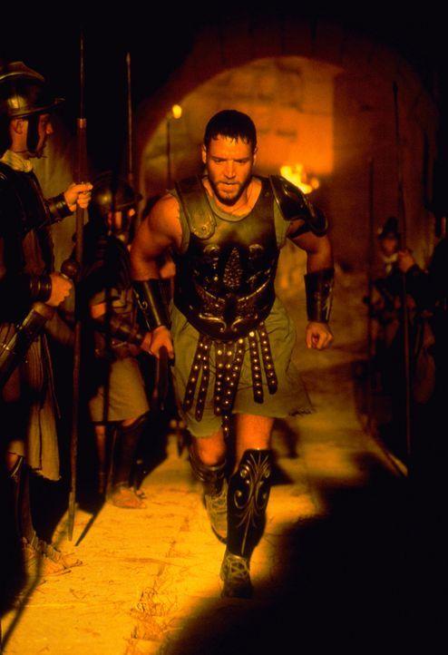 Einst war Maximus (Russell Crowe) im alten Rom einer der siegreichsten Generäle des Kaisers Marcus Aurelius, der ihn zu seinem Nachfolger machen wil... - Bildquelle: Universal Pictures
