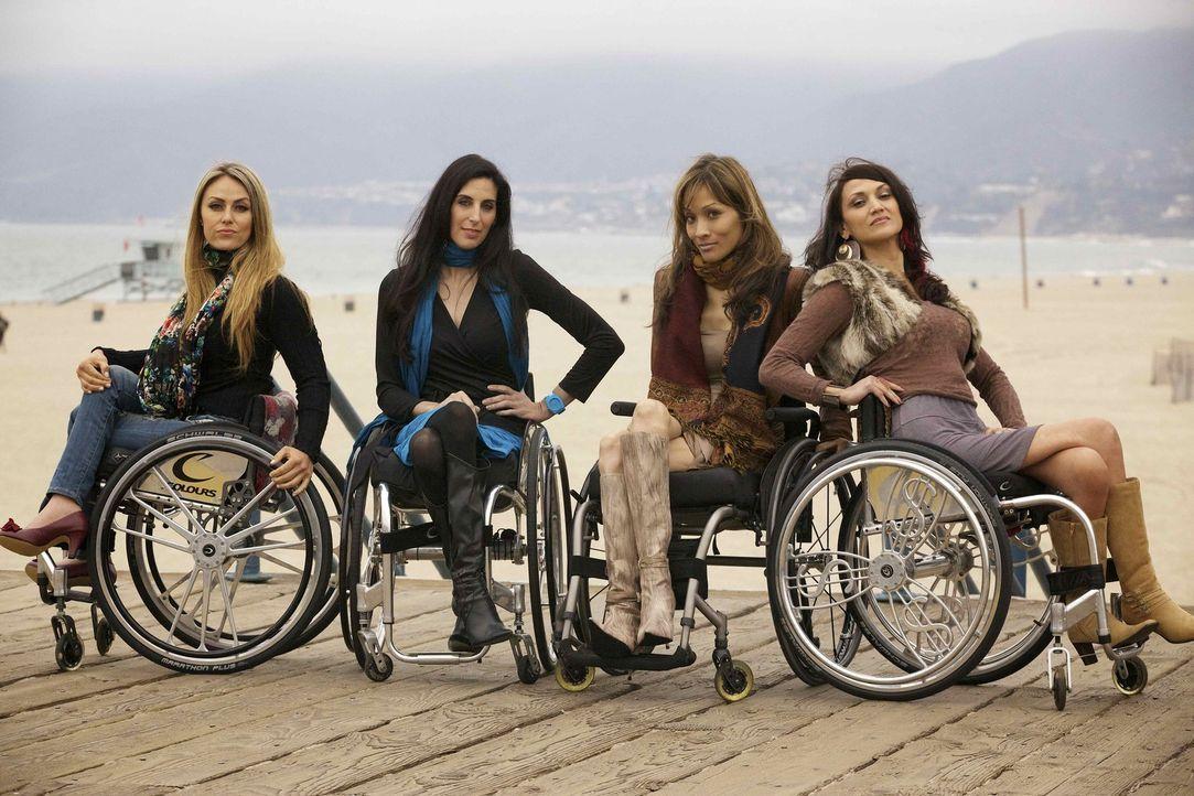 Vier Frauen, die eine tiefe Freundschaft und ein außergewöhnliches Schicksal verbindet: Angela (2.v.r.), Auti (r.), Mia (2.v.l.) und Tiphany (l.)... - Bildquelle: Sundance Channel