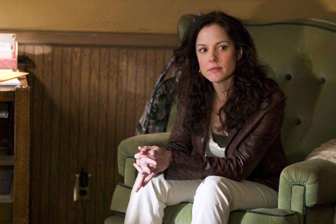 Nancy (Mary-Louise Parker) erhofft sich einen Kredit bei Heylia ... - Bildquelle: Lions Gate Televison