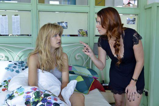 Mila - Hat Mila (Susan Sideropoulos, l.) vom Tobi-Date ein Tittentrauma davon...