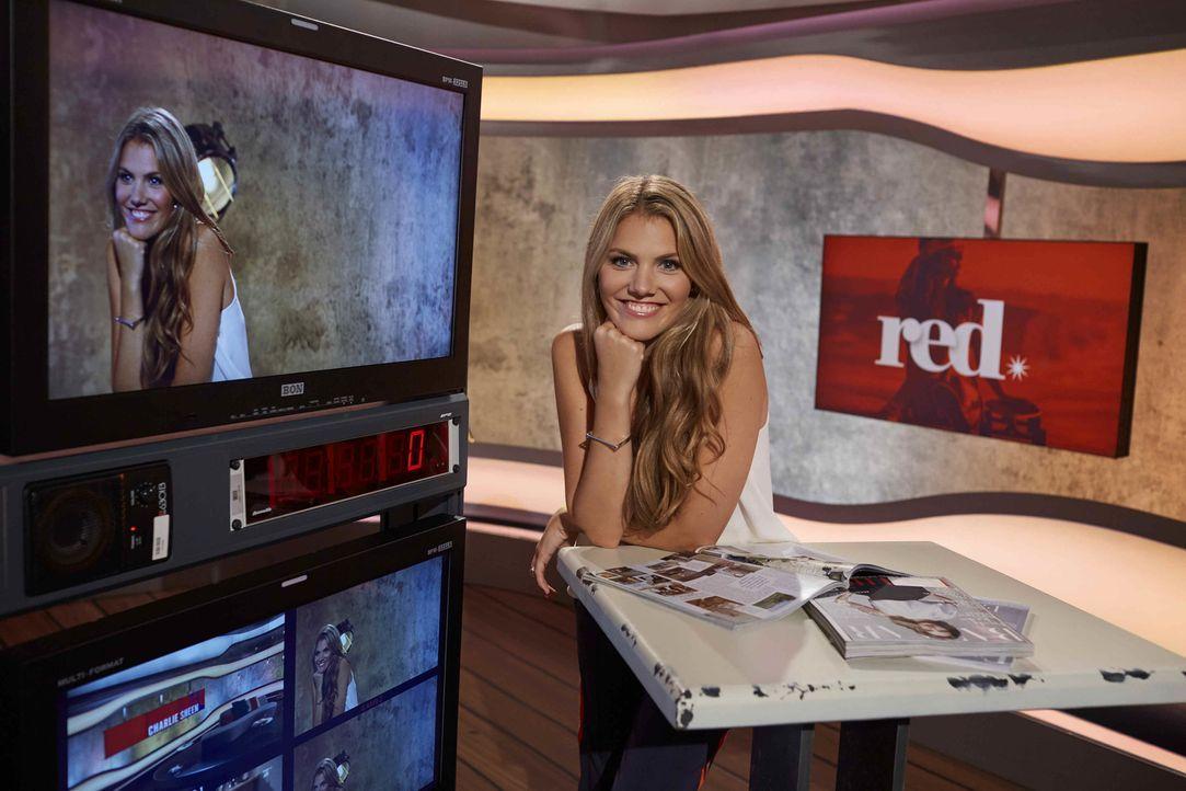 """""""red."""" wird u.a. von Moderatorin Viviane Geppert präsentiert ... - Bildquelle: Benedikt Müller ProSieben"""