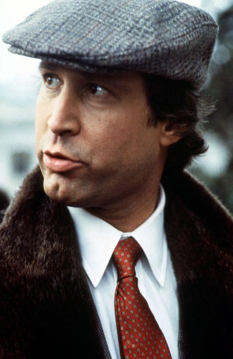 Ein Geheimagent muss nicht nur besonders clever sein, er muss auch Stil haben. Top-Spion Emmett (Chevy Chase) ist weder schlau, noch elegant. Trotzd... - Bildquelle: Warner Bros.