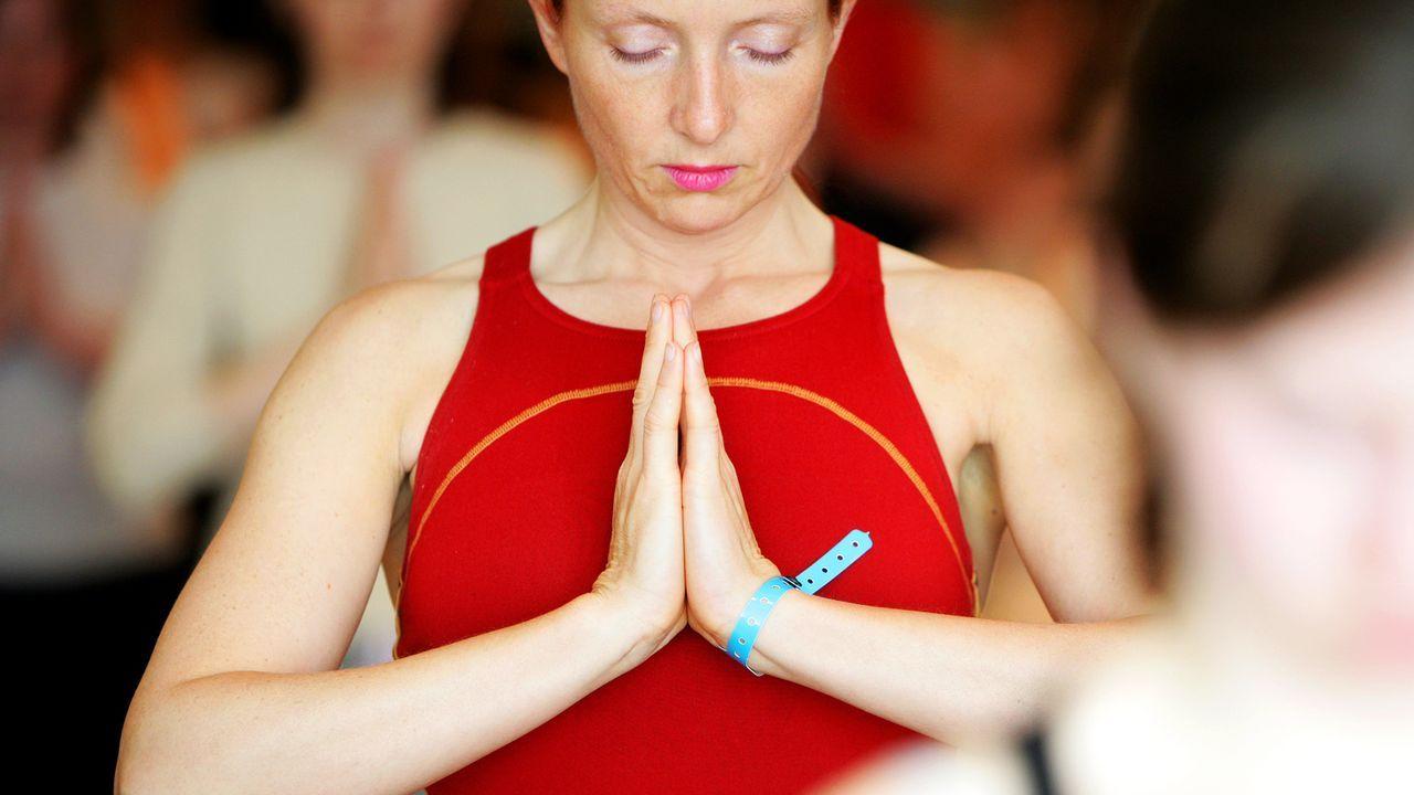 yoga-entspannungsübung-05-04-02-dpa