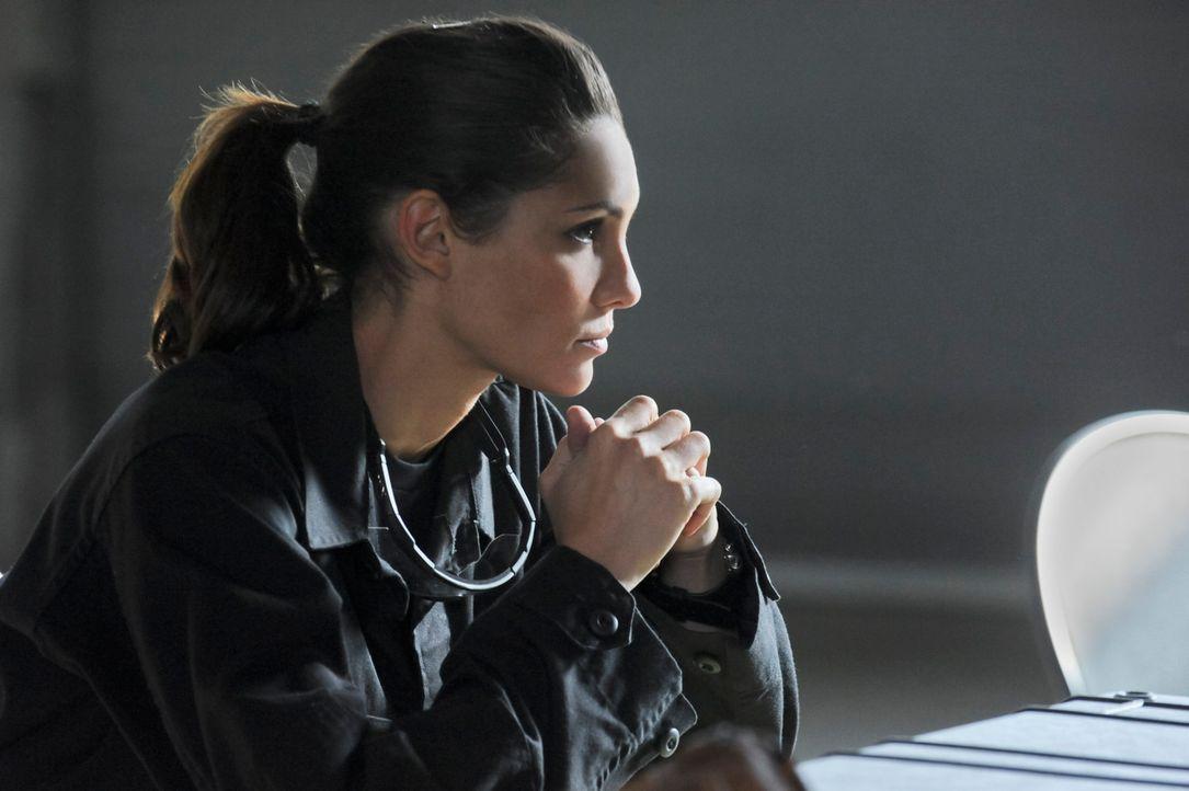 Undercover im Einsatz: Kensi (Daniela Ruah) ... - Bildquelle: CBS Studios Inc. All Rights Reserved.