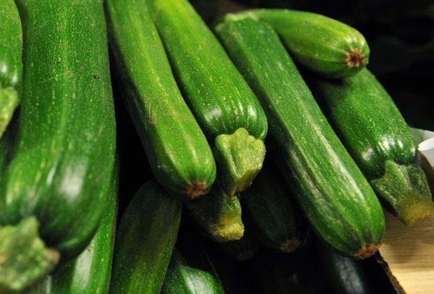 Fr hst cksfernsehen wir kochen mit gregor meyle for Kochen zucchini