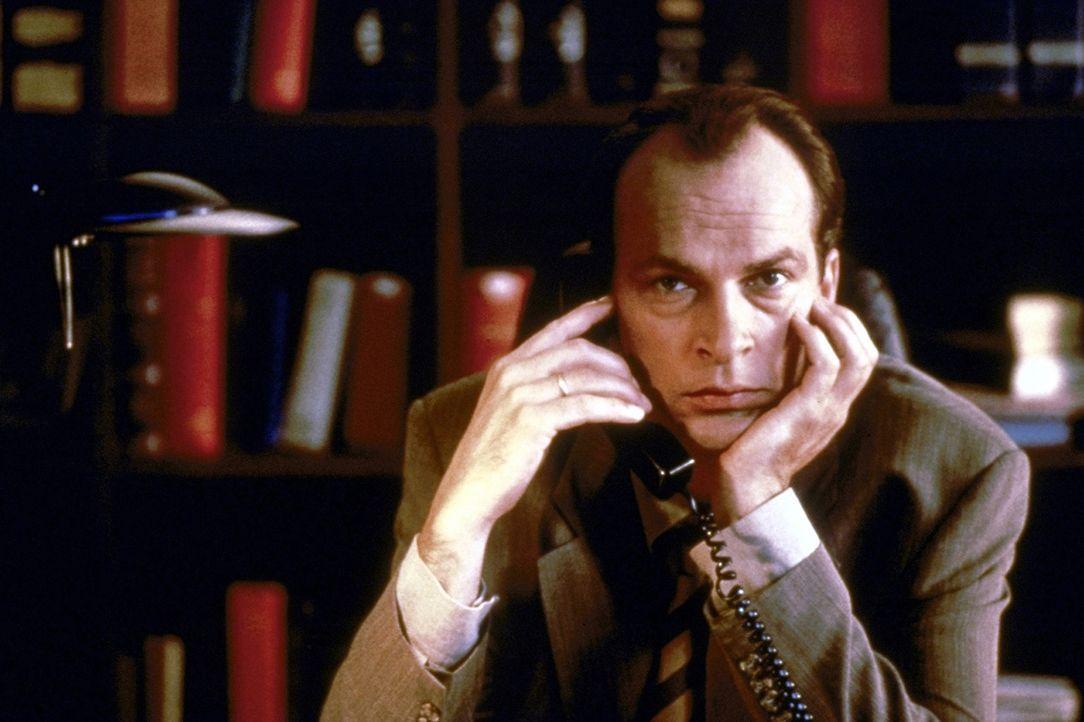 An seinem 13. Hochzeitstag unterzieht sich der erfolgreiche Anwalt Thomas Neumann (Herbert Knaup) einem Fruchtbarkeitstest. Das Ergebnis kann er kau... - Bildquelle: ProSieben