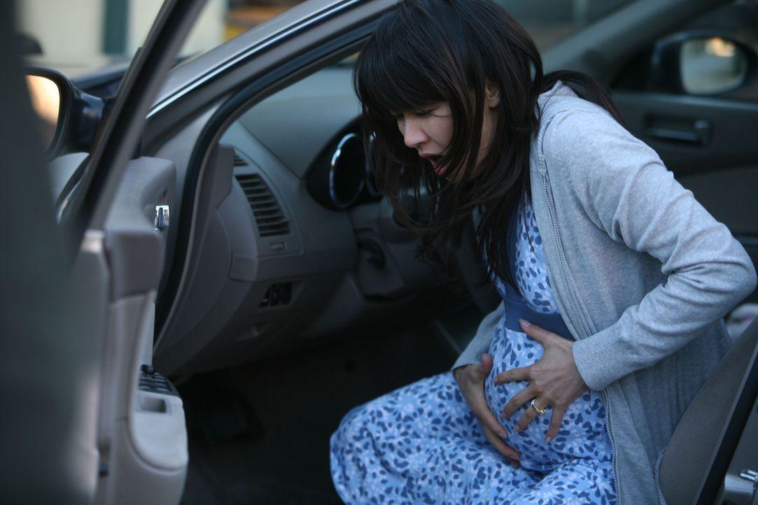 Die Zeit drängt. Und das nicht nur bei der schwangeren Jasmine (Eriko Tamura). Nach dem Ausfall der Kühlung in einem Kernkraftwerk droht nun auch no... - Bildquelle: Regent Worldwide Sales, LLC